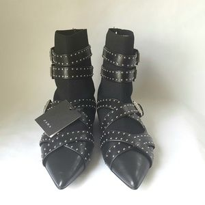 ZARA BUCKLED FLAT SOCK ANKLE BOOTS SIZE 6½-37